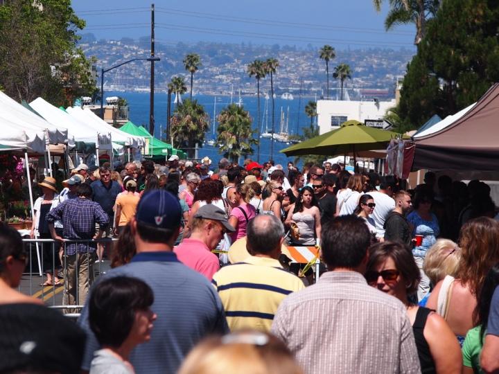 cw14_2_San-Diego-Farmers-Market