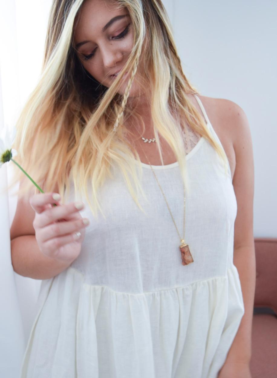 whitedress6.jpg